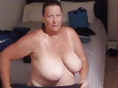 BBW GRANNY Authentication SHOWER Eavesdrop VOYEUR (COMMENT!)