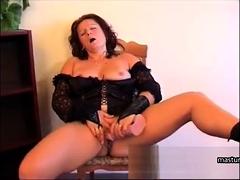 Housewife Susan 47 masturbates at home