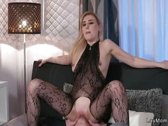 Milf in bodystocking fucks and squirts