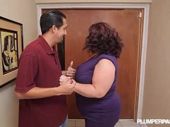 Busty BBW MILF Lady Lynn Fucks Landlord to Save Lodging