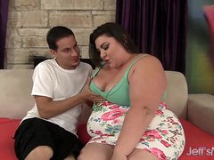 Cute and fat BBW Bella Bendz gets will not hear of pussy hammered