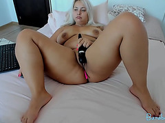 Big Beautiful Doll camgirl with liberal milk sacks and ahole masturbating on livecam