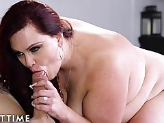 Lingerie Clad BBW Has Romantic Coitus in the air Stud Chip Baking Him Cupcakes