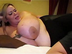 Sexy SSBBW Mandy Distingu� Smothers A Tiny Willing Fan