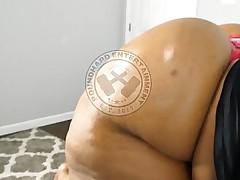 PoundHard Entertainment Presents A Ginormous Twerking Booty