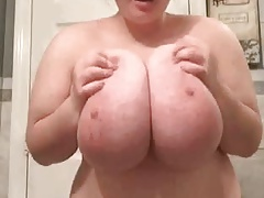 Beautiful Huge Boob BBW Flashes Again