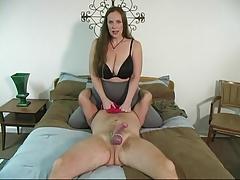 bbw mistress gives slave a handjob