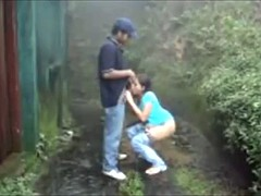 Indian Clasp Fuck In The Rain